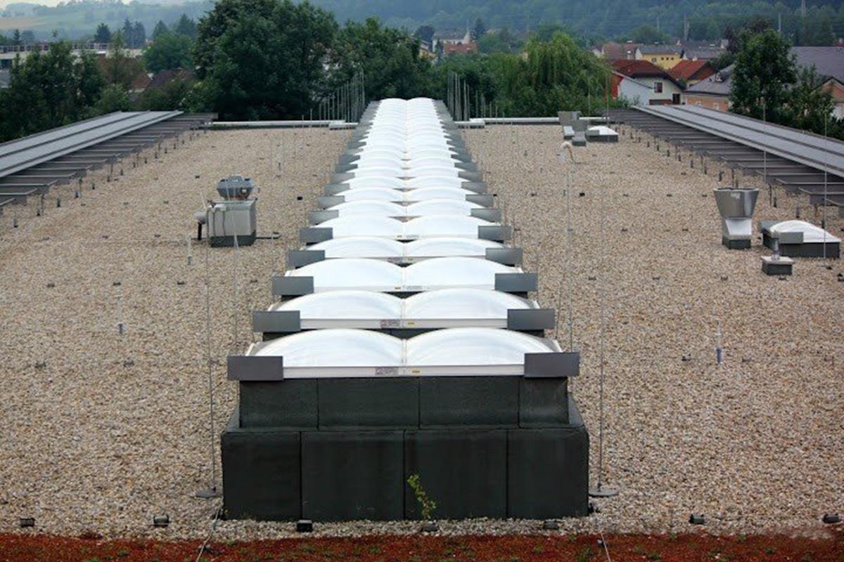 Wemalux kupola | raktárcsarnok | Győr