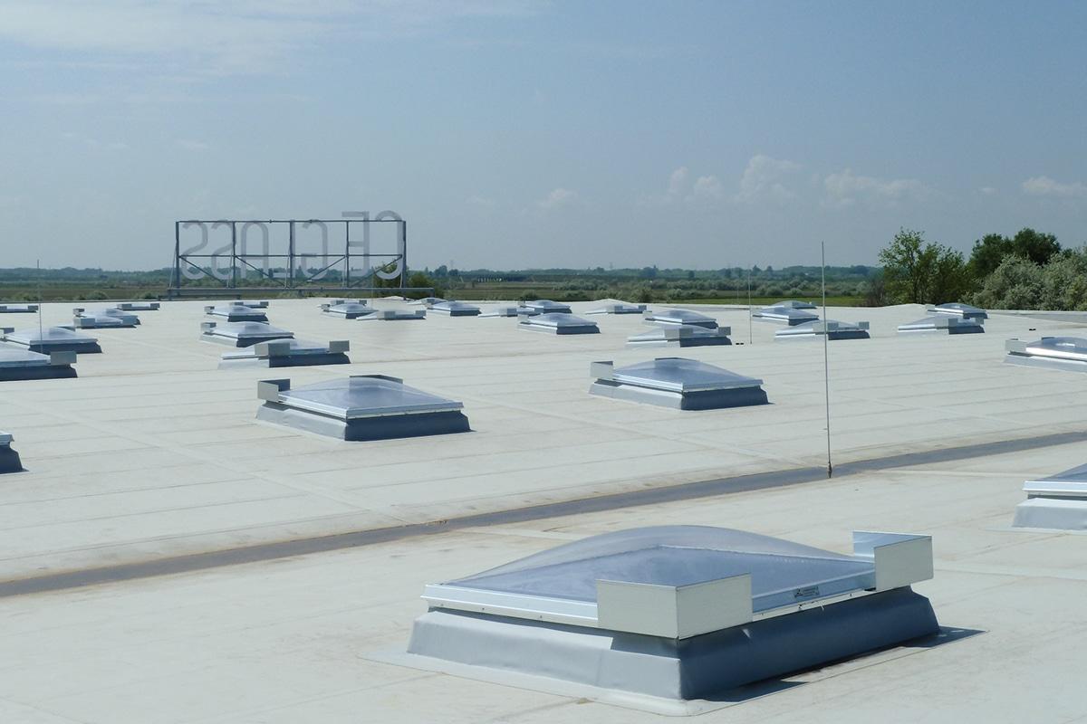 Wemalux kupola | raktárcsarnok | Szeged